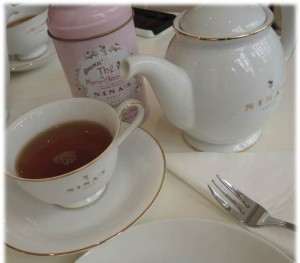 Nina's Paris - Tea Salon - crop