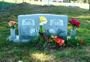 Moms Grave