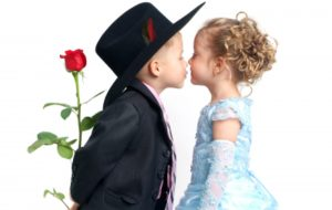cropped-little-boy-girl-kiss-large-crrop-2.jpg